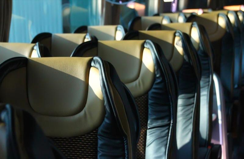 Reposacabezas de las butacas Agile 4540 en un autobús